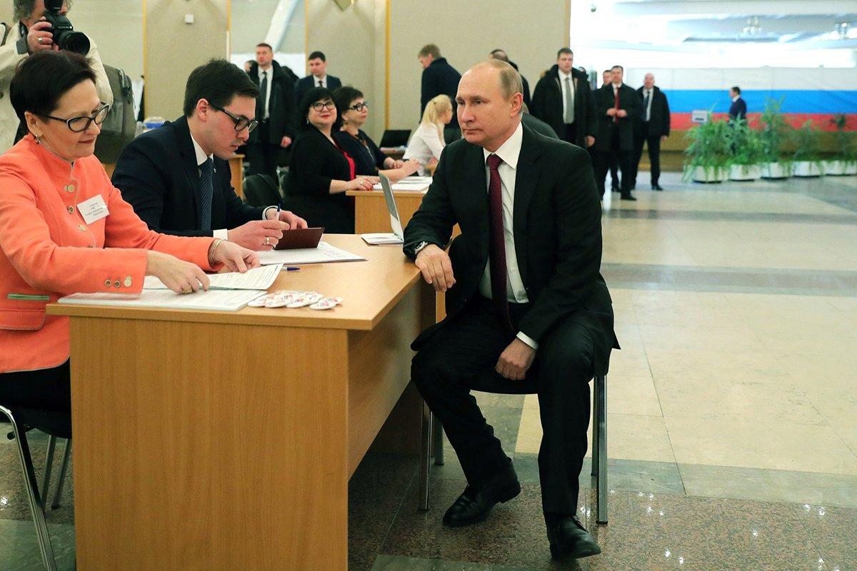 Песков рассказал об участии Путина в голосовании по Конституции