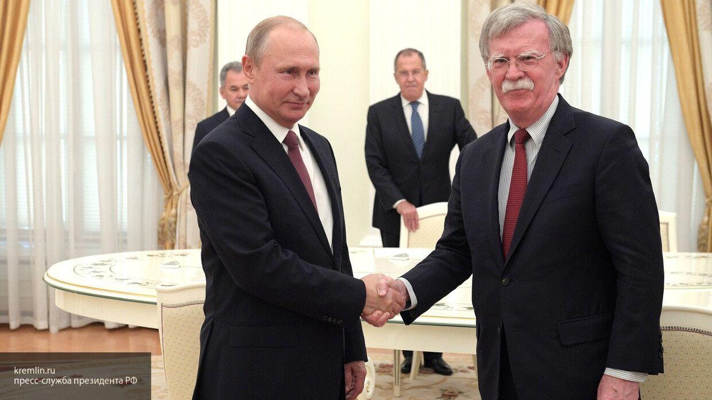 Экс-советник президента США: Путин готовится к встречам лучше, чем Трамп
