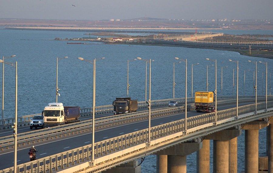 Путин: Крымский мост может простоять века