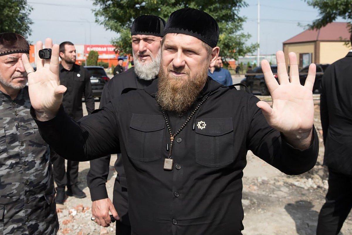 Песков ответил на предложение Кадырова о пожизненном президентстве Путина