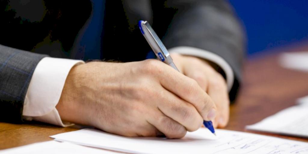 Спикер Госдумы предложил юридически оформлять предвыборные обещания депутатов